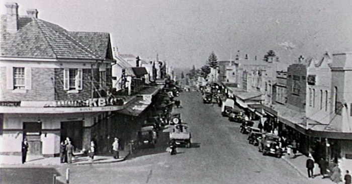 The Royal Hotel, Crown STreet Wollongong in the 1940s