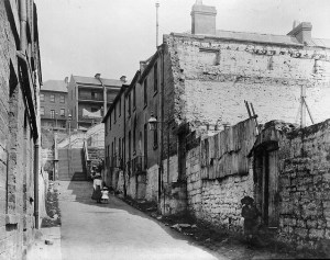 Little Essex Street, which ran from George Street up to Gloucester Street and the Ocean Wave Hotel at The Rocks.