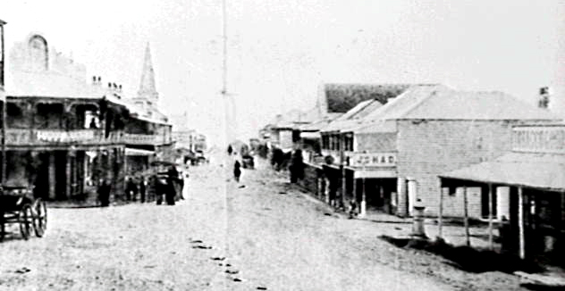 The Royal Hotel (far left), Wollongong, in the 1870s when the Makins were host.