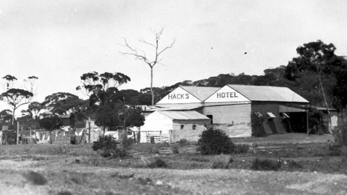 hacks hotel