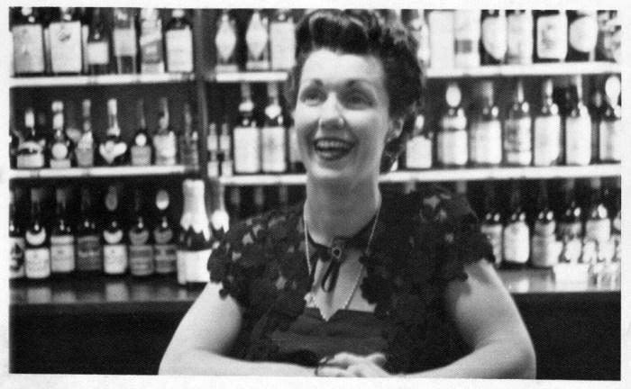 Pam East Bottle Shop Illawarra Hotel 1950s