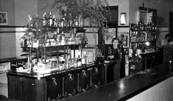 Pam East Public Bar Illawarra Hotel 1950s