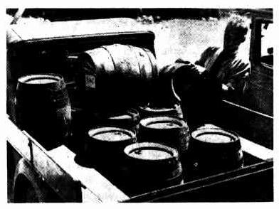 loading beer newcastle 1937
