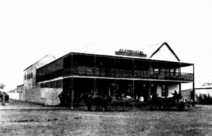 port-hotel-carnarvon-wa-copy
