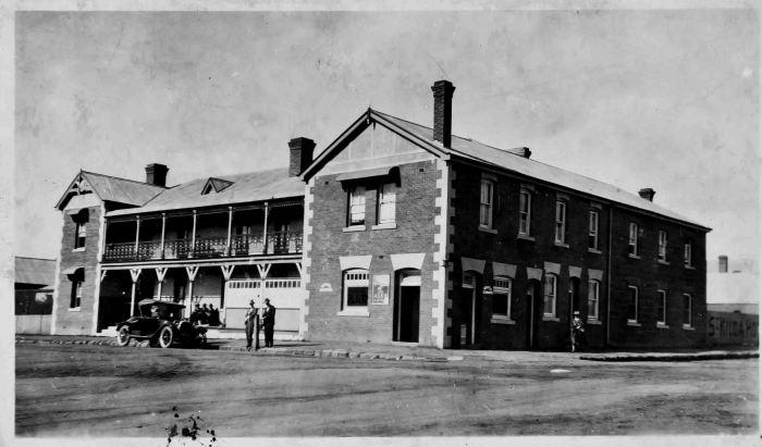St Kilda Hotel Armidale 1924