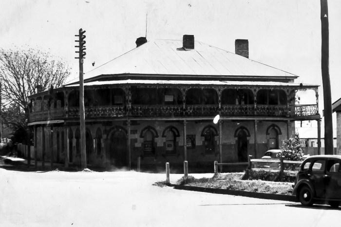 Railway Hotel Millthorpe 1949 ANU