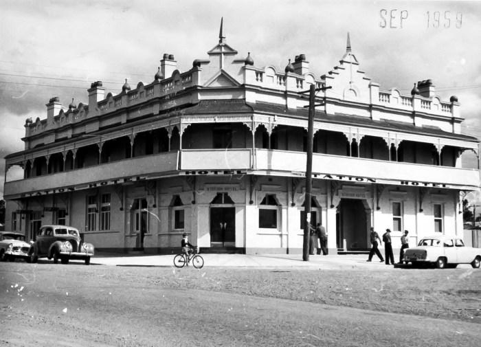Station Hotel Kurri Kurri Sept 1958 ANUf