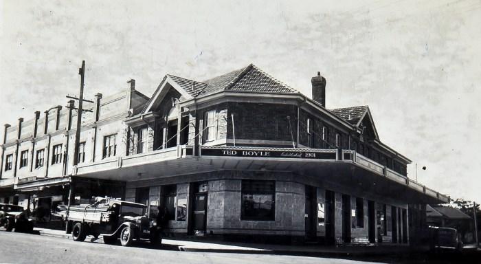 Boyle's Sutherland Hotel 1939 ANU