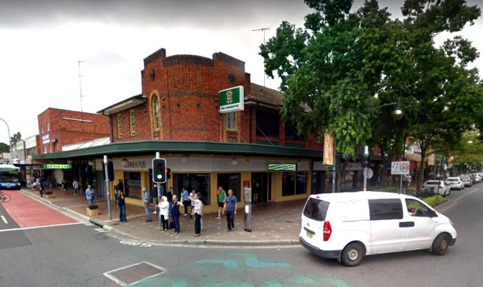 corner pub liverpool nsw google