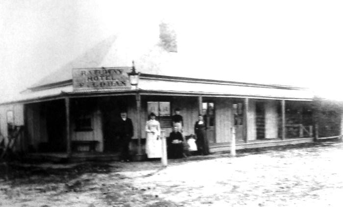 railway hotel spring hill C1900