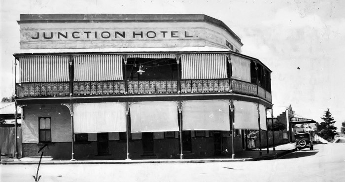 Junction Hotel Canowindra 1949 anu