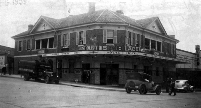 Royal Hotel Wollongong 1939 ANU