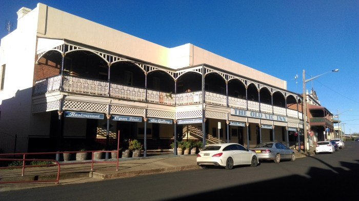 old vic hotel canowindra nsw