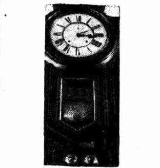 Captian Cook Hotel Millers Point Sydney clock 1933