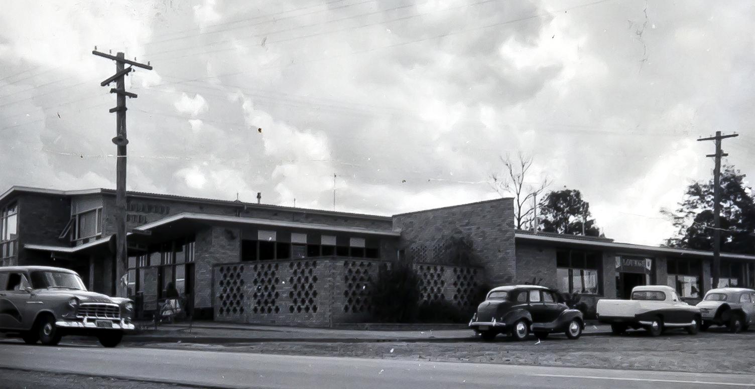 Villawood Hotel, Villawood