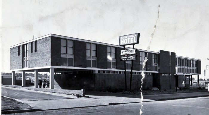 Green Valley Hotel Miller NSW 1965 anu