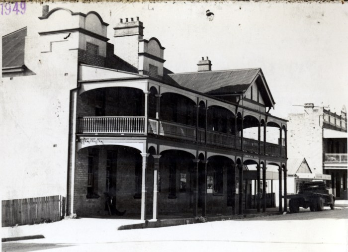 Commercial Hotel Wallerawang a 1949 anu