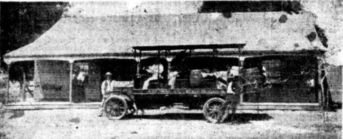 Twenty Mile Hotel, halfway between Aramac and Barcaldine in Queensland, 1911