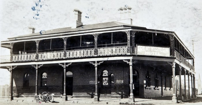 Great Western Hotel Dubbo 1925 later Garden Hotel anu