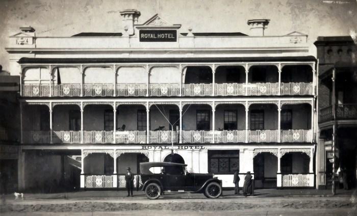 Royal Hotel Bathurst NSW 1924 anu
