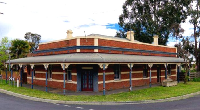 former turf tavern hotel epsom victoria