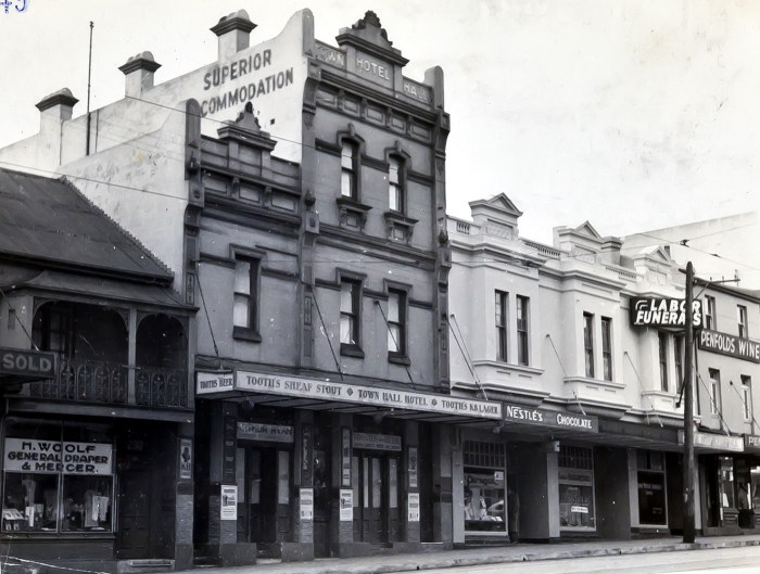 Town Hall Hotel Paddington 1949 ANU