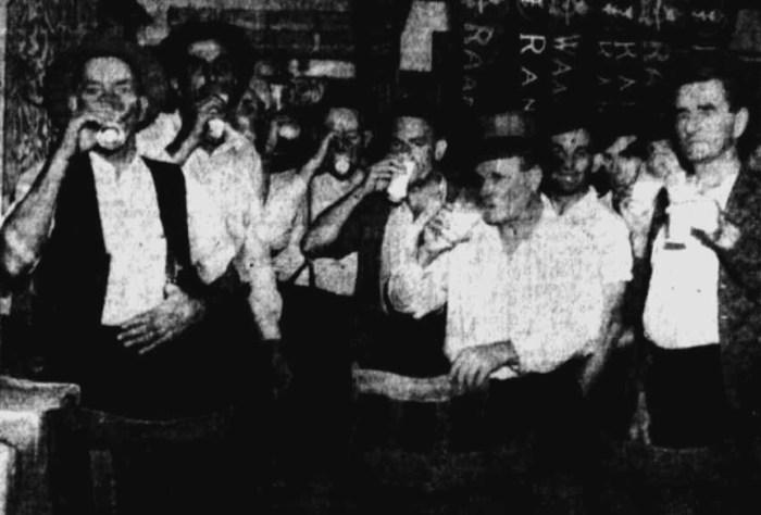 1943 Newcastle unionist drinking milk during black ban