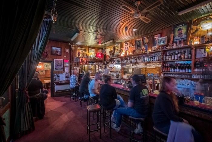 Standard Hotel Fitzroy bar 2017
