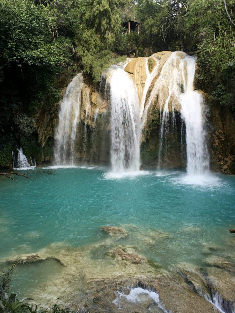 El Chiflon waterfall