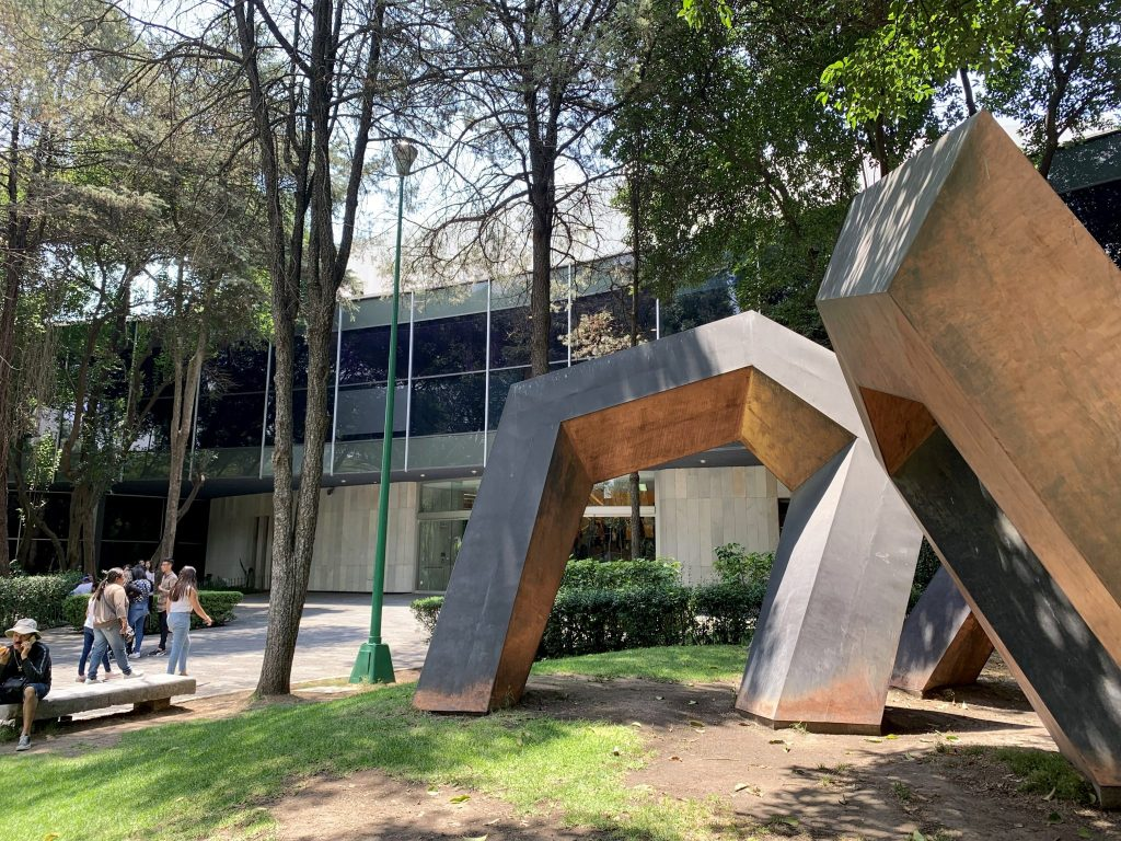 Museo de Arte Moderno in Bosque de Chapultepec
