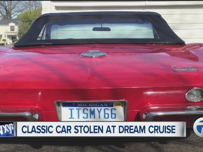 Woman_s_red_Corvette_stolen_at_Dream_Cru_3302600000_22776631_ver1.0_640_480