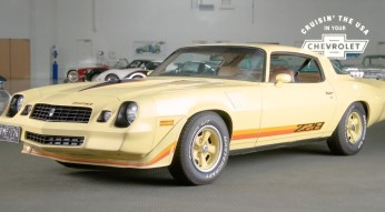 1979-Chevrolet-Camaro-Z28-yellow-Chevy-virtual-car-show-walkaround-video-exterior-008
