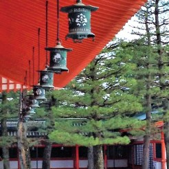 Japan is famous for its lanterns and this Shinto shrine is no exception. These beautiful lanterns surrounds the buildings here at Heian Shrine, Kyoto