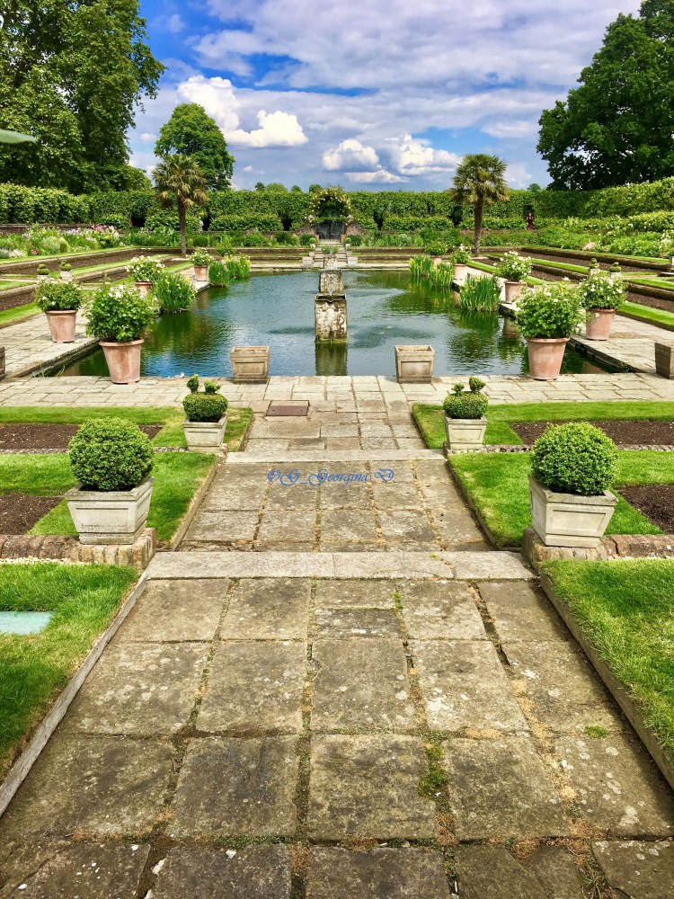Kensington Palace: The Sunken Garden