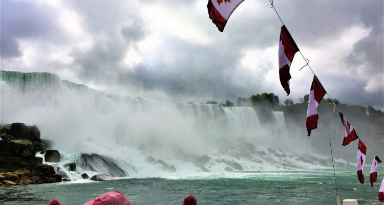 Hornblower Cruise activity at Niagara Falls will take you close to the American Falls and the Bridal Veil Falls.