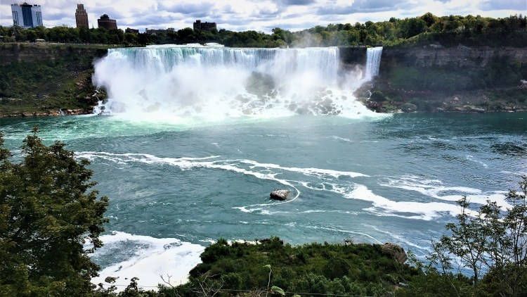 The American Falls and the Bridal Veil Falls from the Canadian side of Niagara Falls.