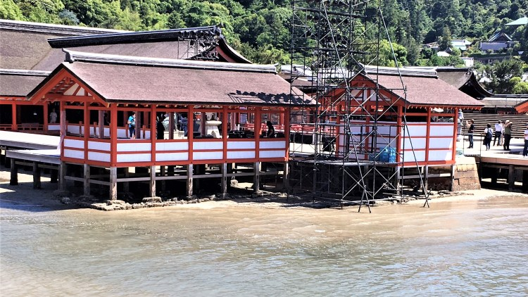 Miyajima Island: Itsukushima Shrine at low tide.