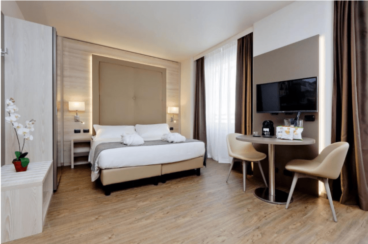 MILAN HOTEL | Places to stay in Milan