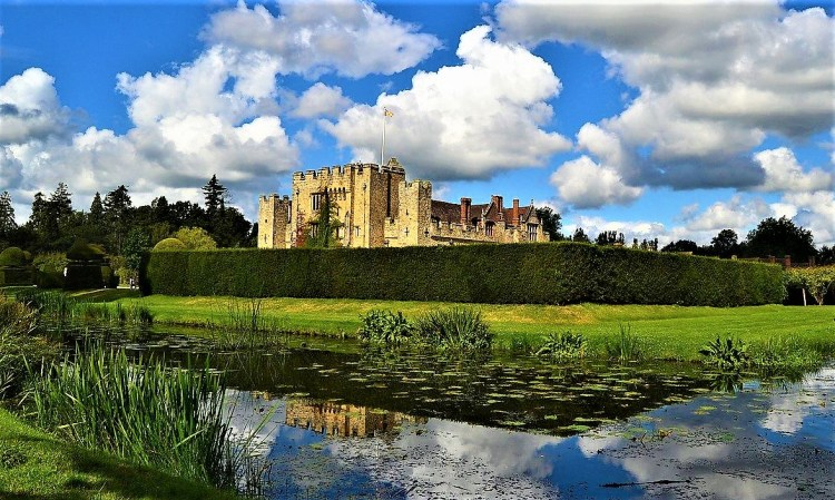 the magnificent hever castle