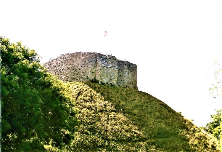 Things to do at Carisbrooke Castle