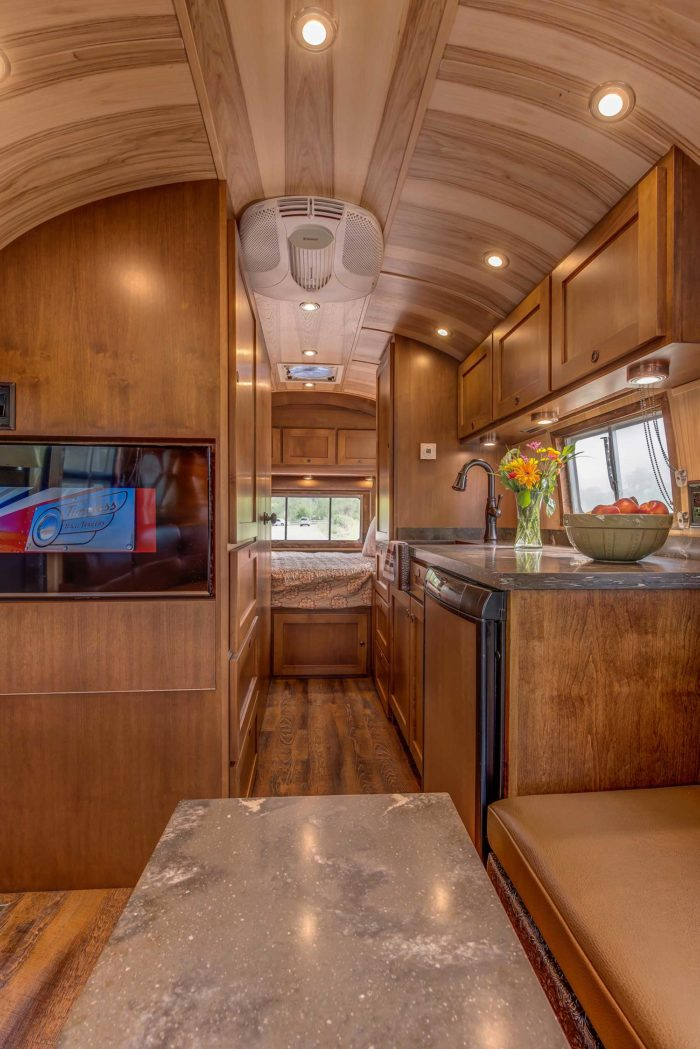 Virginia Airstream 1953 Flying Cloud By Timeless