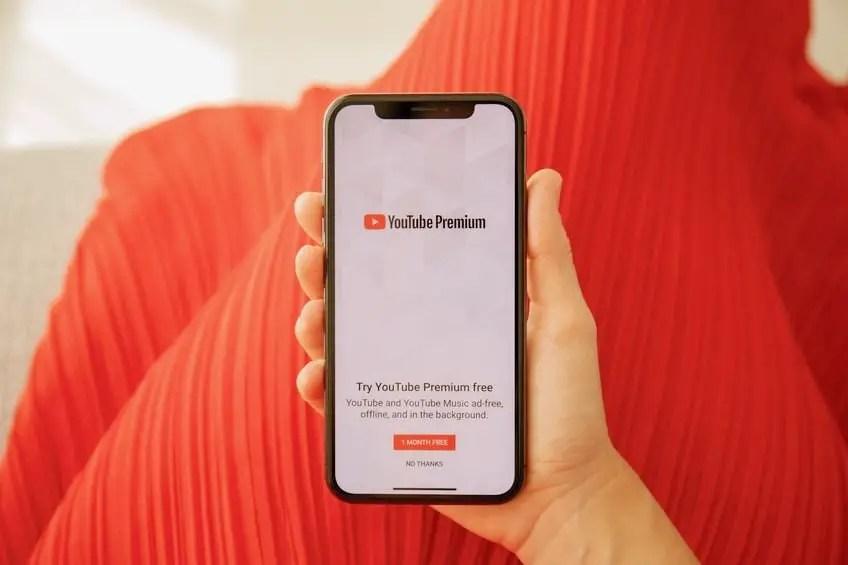 YouTube Premium bisa download video YouTube di Android secara resmi
