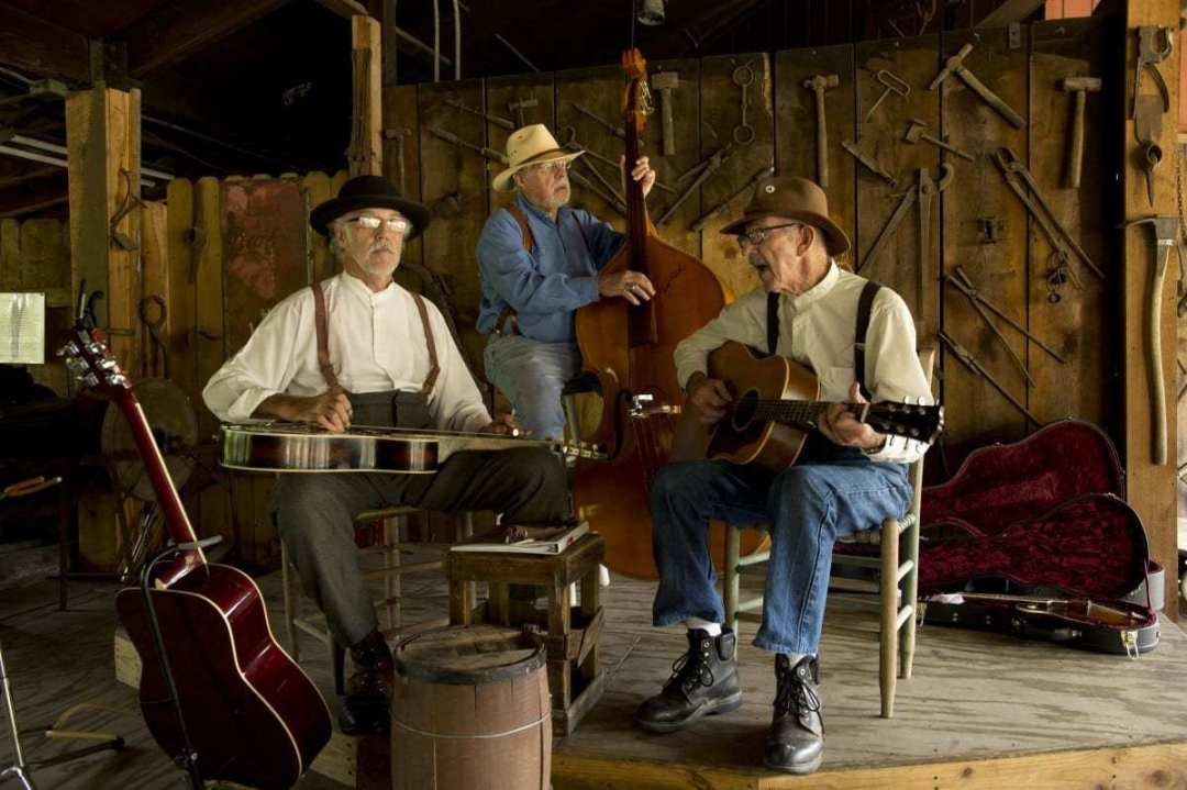 Live Music in the Craft Village - Bona Fide String Band 1