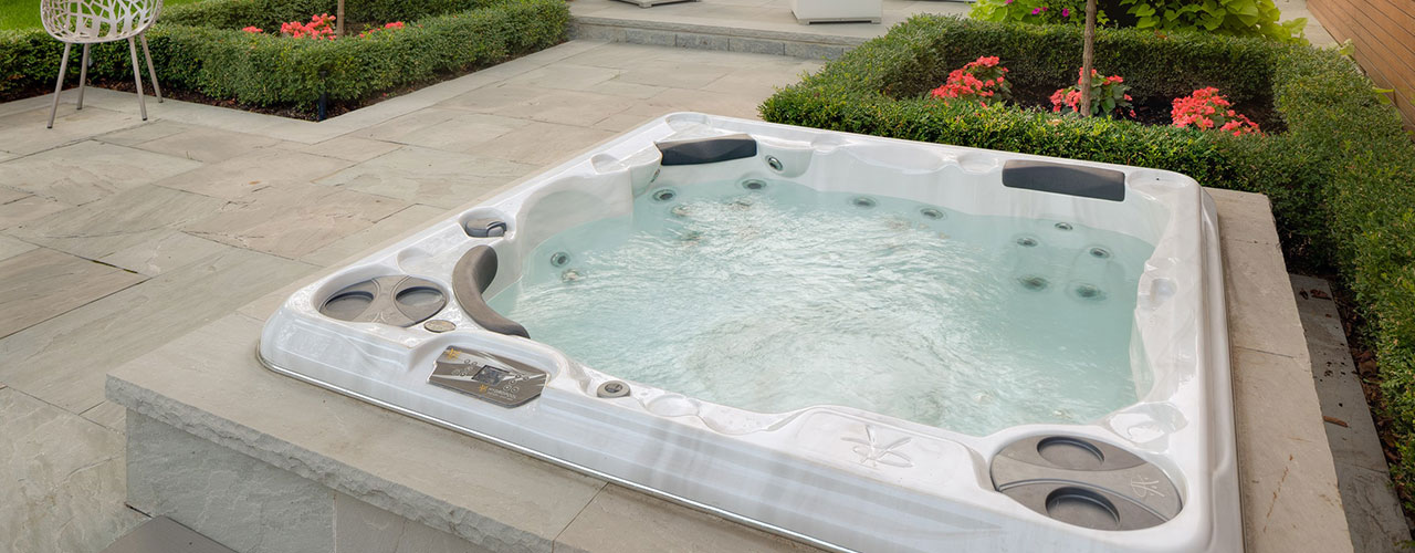 Hydropool Self-Cleaning Hot Tub