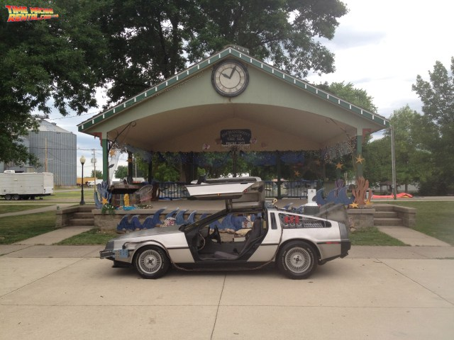 The band stand was modeled to look like the Back to the Future Enchantment Under The Sea Dance