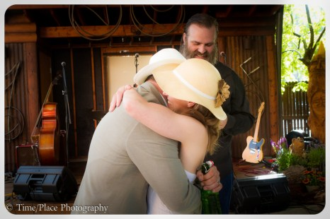 2014-07-12-0290-Amanda-n-Matt-Skippy