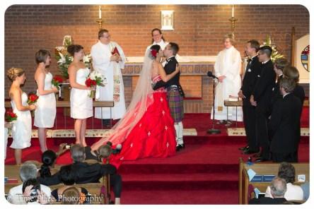 2011-06-18-0495-Courtney-Chapman-and-Robert-Pomeroy