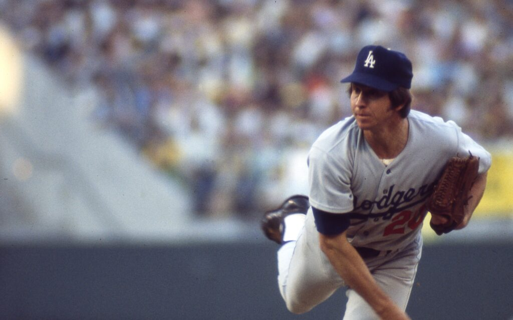 Don Sutton dies at the age of 75.