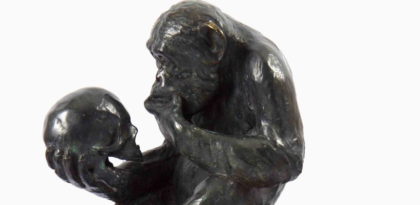 The Affe mit Schädel (Ape with Skull) by Hugo Rheinhold. (WIkimedia Commons)