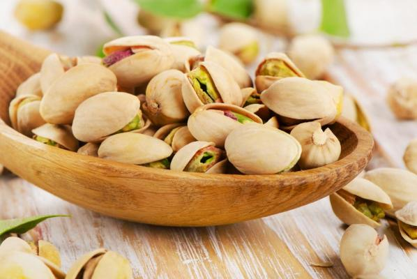Pistachios food for weight loss. weight loss diet. weight loss snacks.